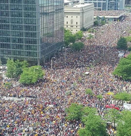 クリーブランドで130万人の優勝パレード