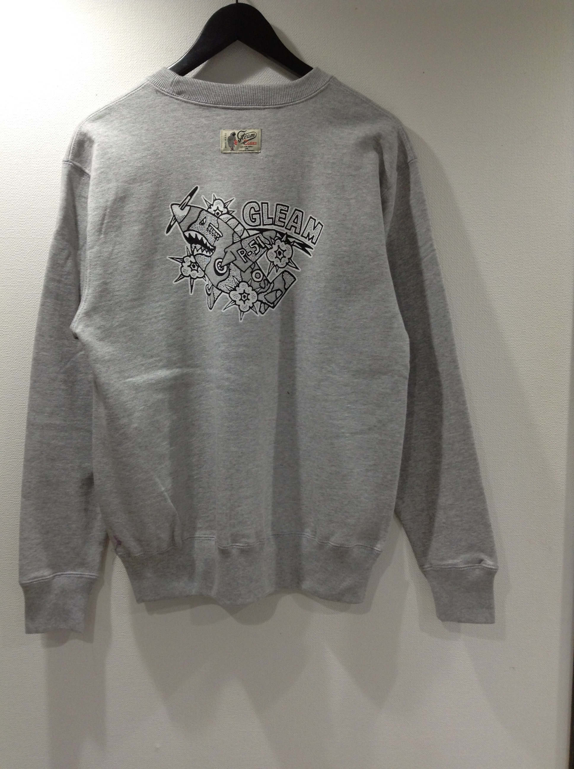 LOCKER GLEAM LONGSLEEVE